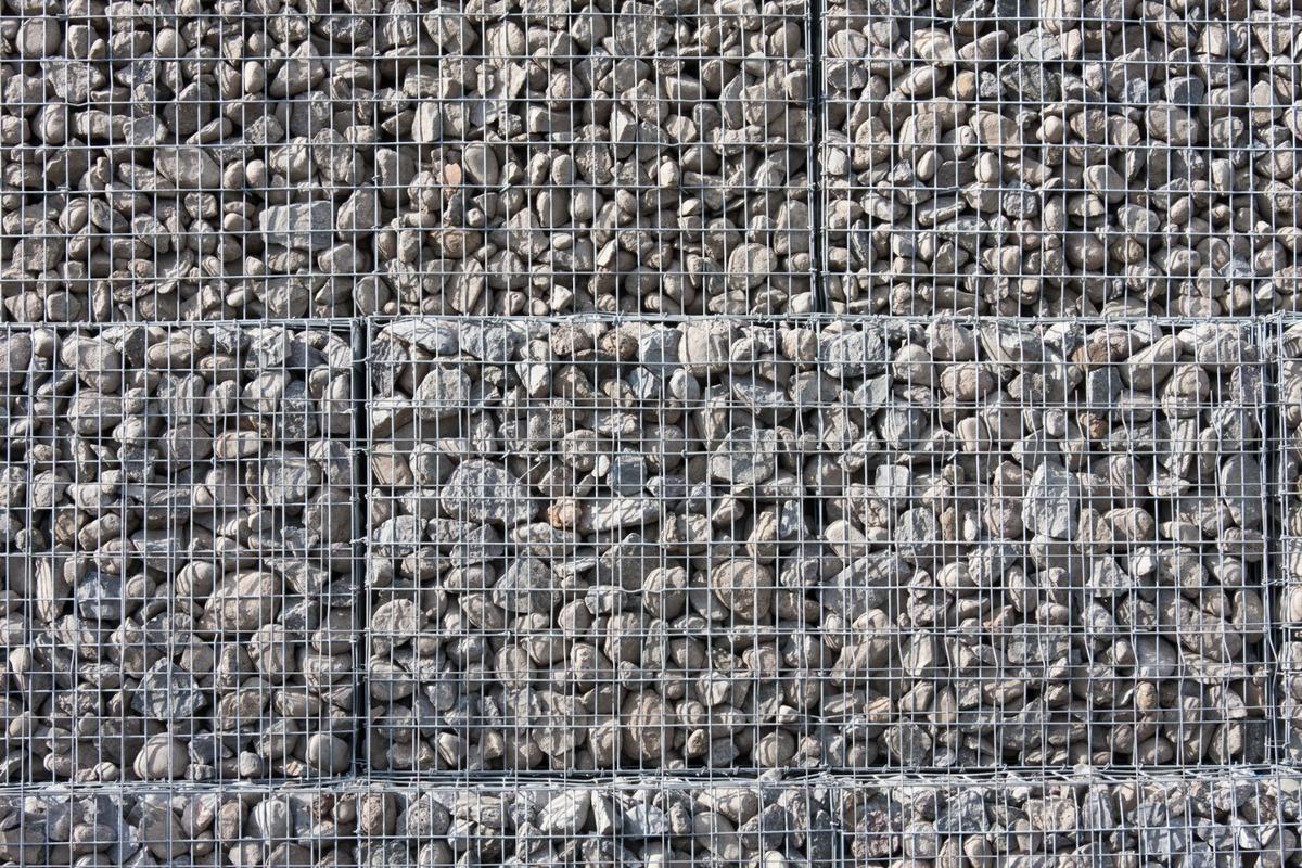 Mur de soutènement gravitaire et renforcé